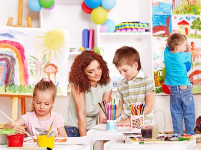 Für berufstätige Eltern unverzichtbar - der Krippen- und Kindergartenplatz