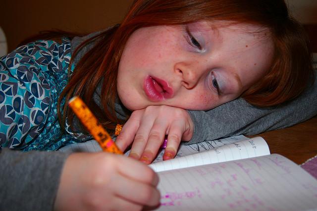 """Bild: """"homework"""" von anthony kelly. Lizenz: (CC BY 2.0)"""