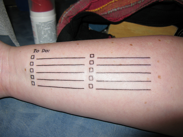 """Bild: """" My """"To Do"""" List: Yay for functional tattoos!"""" von  Rob and Stephanie Levy. Lizenz: CC BY 2.0"""