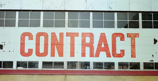 """Bild: """"CONTRACT"""" von  Steve Snodgrass. Lizenz: CC BY 2.0"""