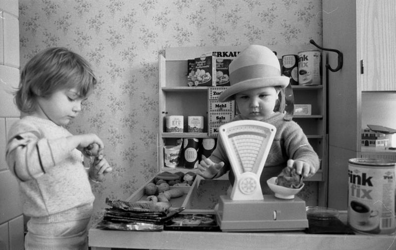 Kindergarten, Kinder beim Spiel
