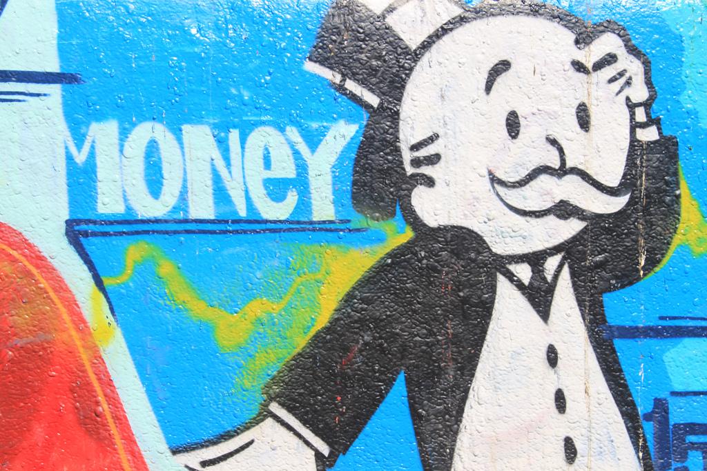"""Bild: """"Money!"""" von Thomas Galvez. Lizenz: CC BY 2.0"""