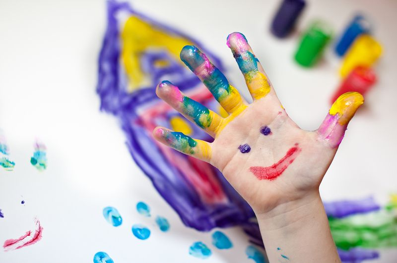 """Bild: """"Fingermalen"""" von nailiaschwarz. Quelle: Photocase"""