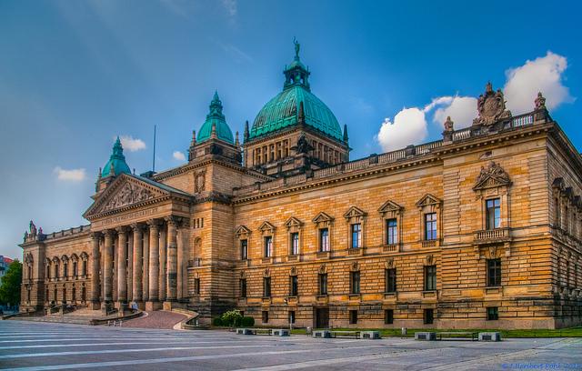 """Bild: """" Leipzig, Bundesverwaltungsgericht am Simsonplatz-1"""" von  Heribert Pohl. Lizenz: CC BY SA 2.0"""