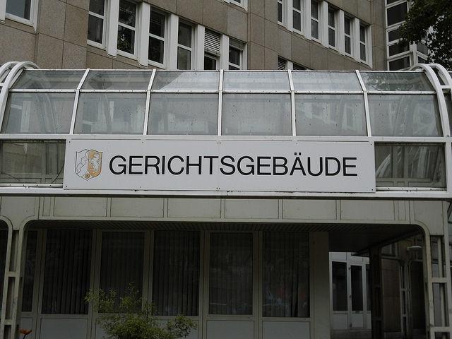 """Bild: """" Gerichtsgebäude"""" von  blu-news.org. Lizenz: CC BY 2.0"""
