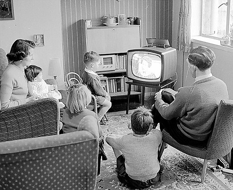 "Bild: ""TV Shows We Used To Watch"" von Paul Townsend. Lizenz: CC BY 2.0"