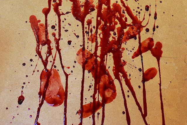 """Bild: """"blood_splatter4"""" von Johanne et Carole Brunet. Lizenz: CC BY 2.0"""
