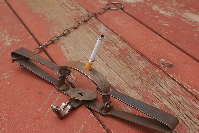 "Bild: ""Smoking Trap"" von Tony R. Lizenz: CC BY-SA 3.0"