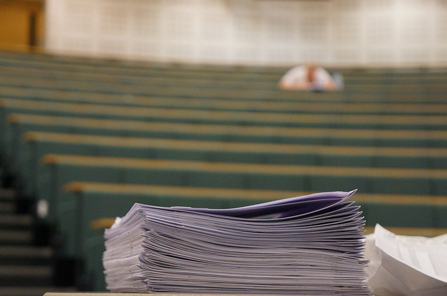 """Bild: """"extra exam time"""" von Anthony P Buce. Lizenz: CC BY 2.0"""