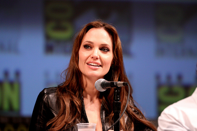 """Bild: """"Angelina Jolie"""" von Gage Skidmore. Lizenz: CC BY 2.0"""