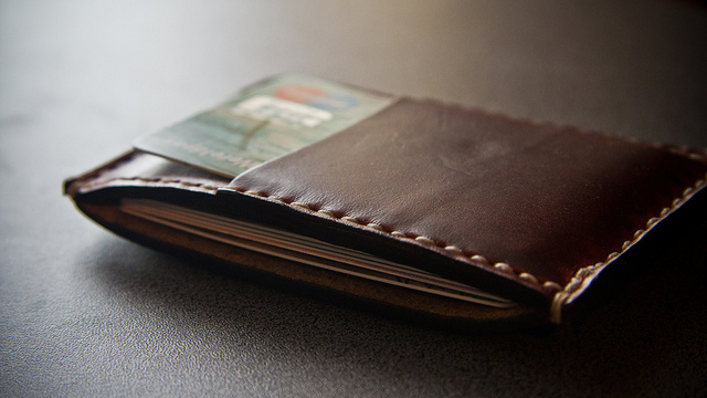 auf diesem bild ist ein portemonnaie