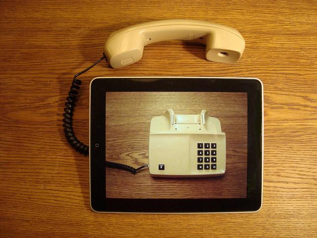 Bild: iPad telephony von Per-Olof Forsberg. Lizenz: CC BY 2.0