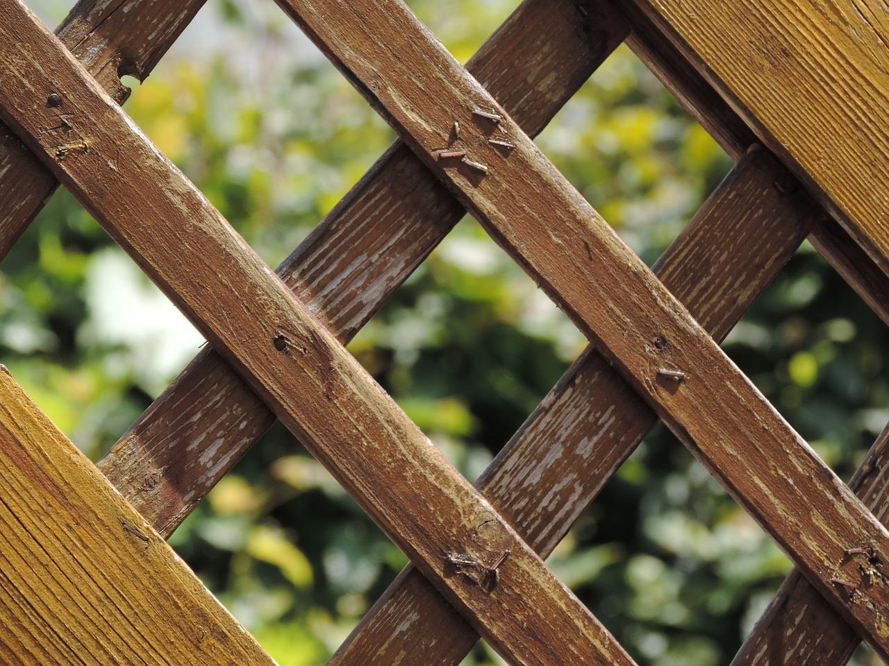 garden-fence-532310_1280