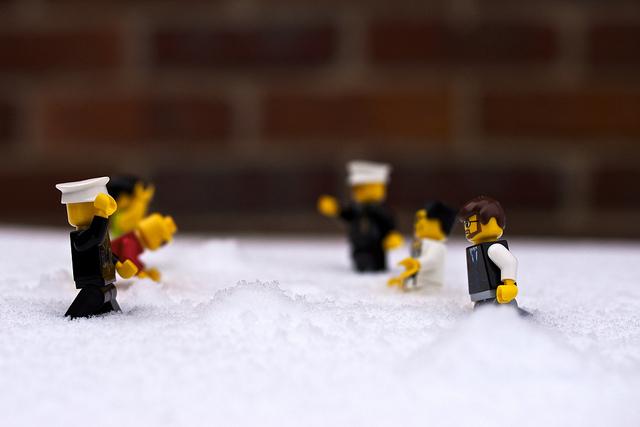 "Bild: ""Snow Fight.."" von Nana B Agyei. Lizenz: CC BY-SA 2.0"