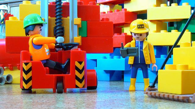 """Bild: """" auf der Baustelle"""" von  dierk schaefer. Lizenz: CC BY 2.0"""