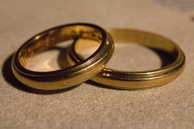 """Bild: """"Sonnet 116 - Marriage of true minds"""" von Robert Cheaib. Lizenz: CC BY 2.0"""