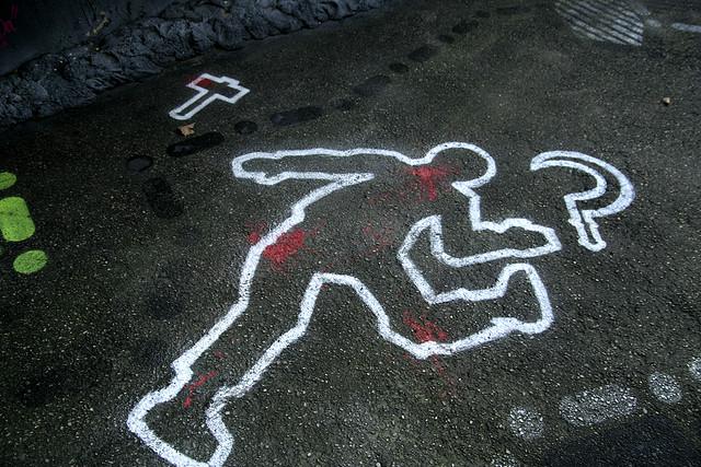 """Bild: """"Crime Scene _MG_4947"""" von Thierry Ehrmann. Lizenz: CC BY 2.0"""