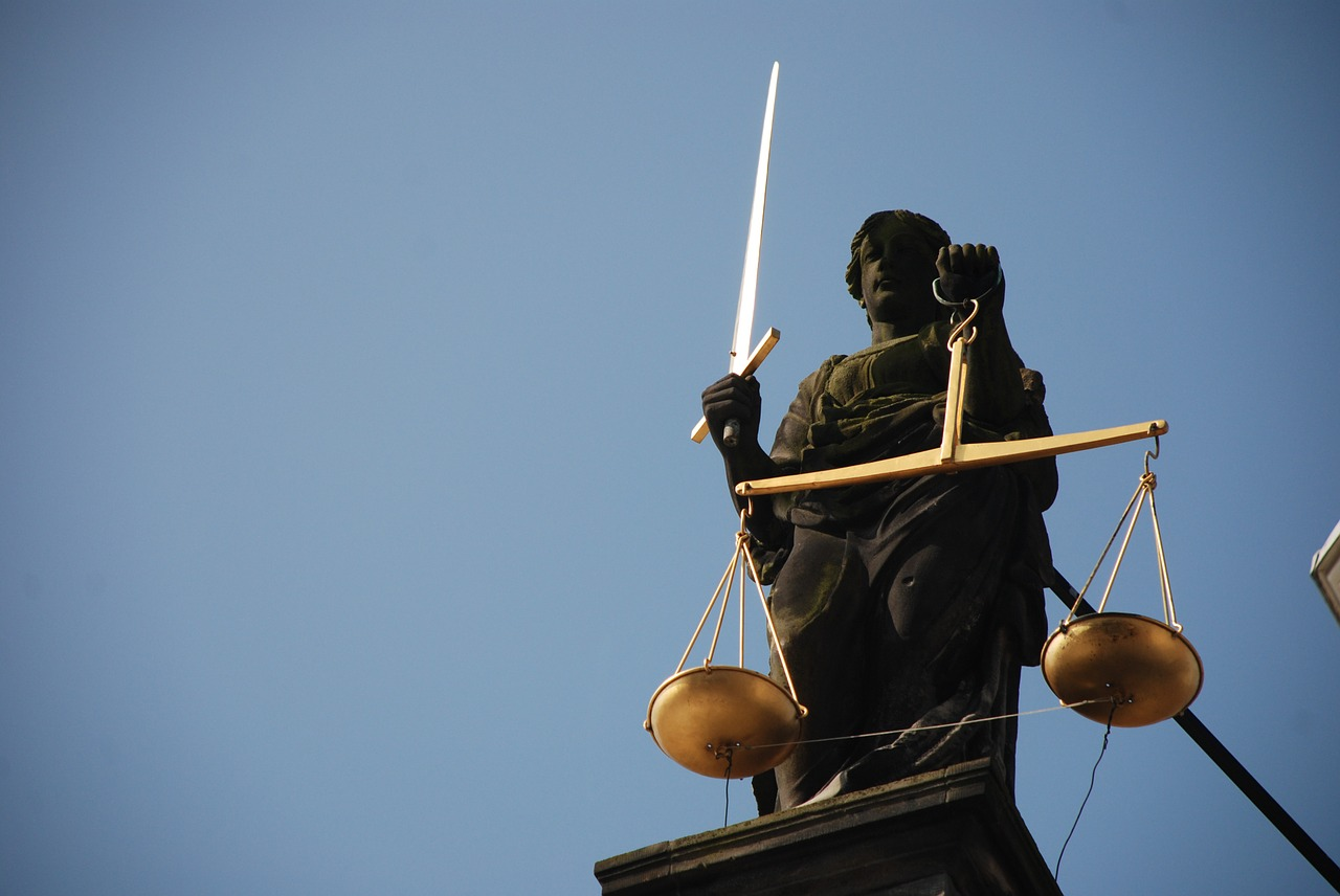 lady-justice-677945_1280