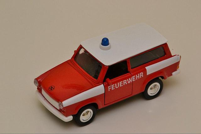 """Bild: """"Feuerwehr Trabant"""" von Thomas Kohler. Lizenz: CC BY 2.0"""