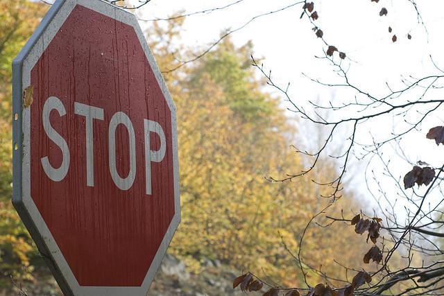 """Bild: """"Stop"""" von Stuart Heath. Lizenz: CC BY 2.0"""