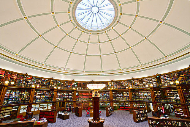 """Bild: """"Liverpool Central Library Picton Reading Room"""" von Michael D Beckwith. Lizenz: CC BY 2.0"""